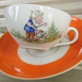 ドイツ ティーカップ(モミの木と小人の妖精) ソーサー2枚付き