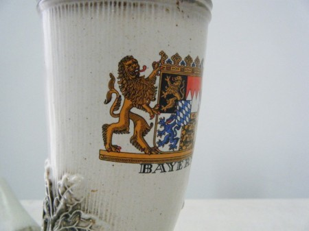 ドイツ 動物の角型のオブジェ.花瓶.ビアジョッキ (ミュンヘン)